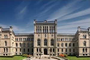 ラトヴィア大学(ラトヴィア)